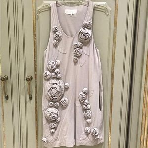 Dress with 3D flowers